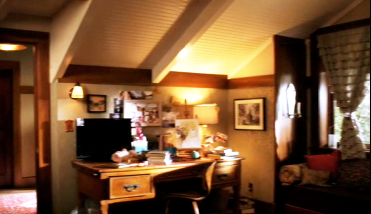Picture. PLL   Aria s Bedroom   Etc